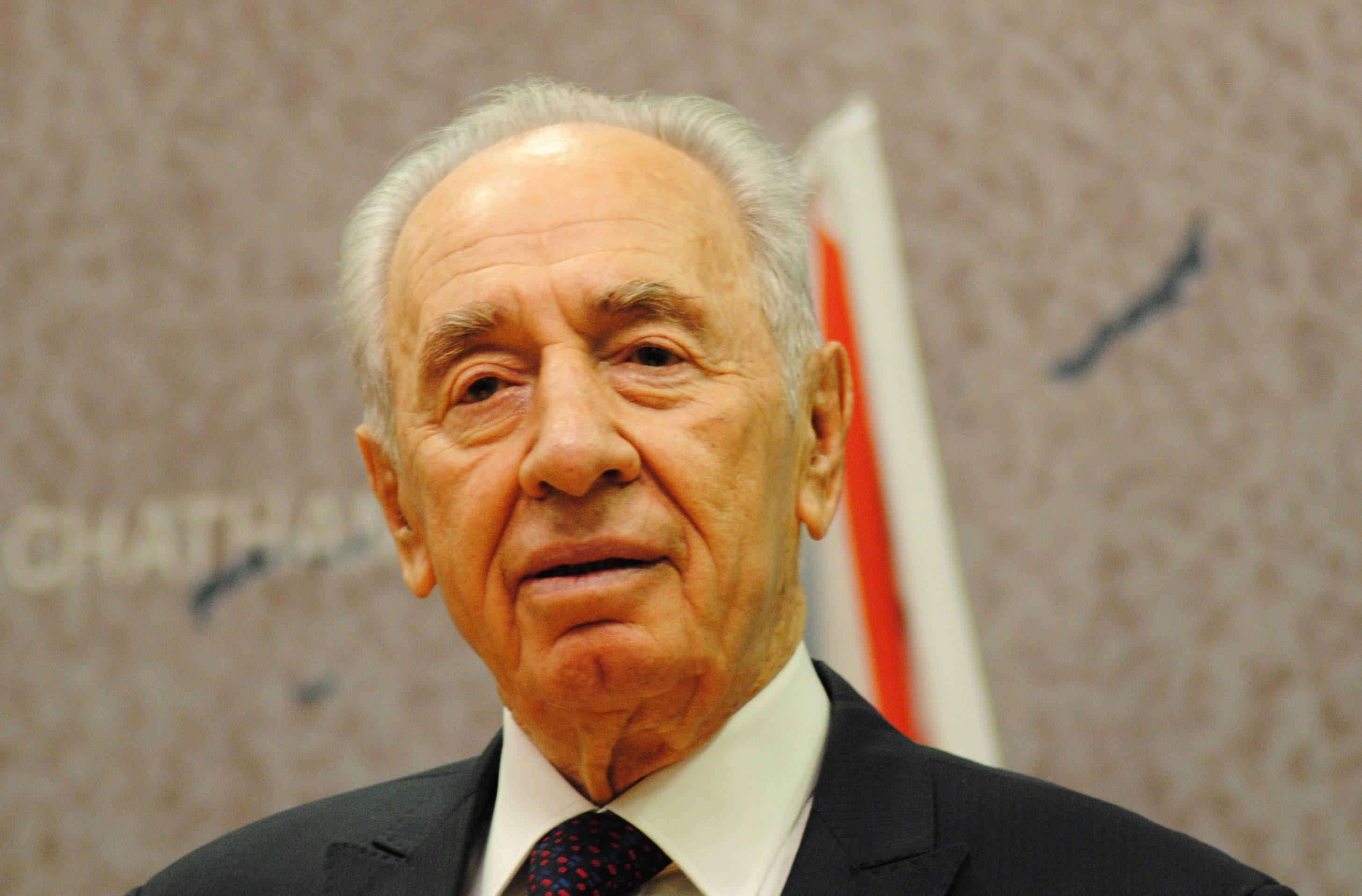Simon Peresz állapota válságosra fordult