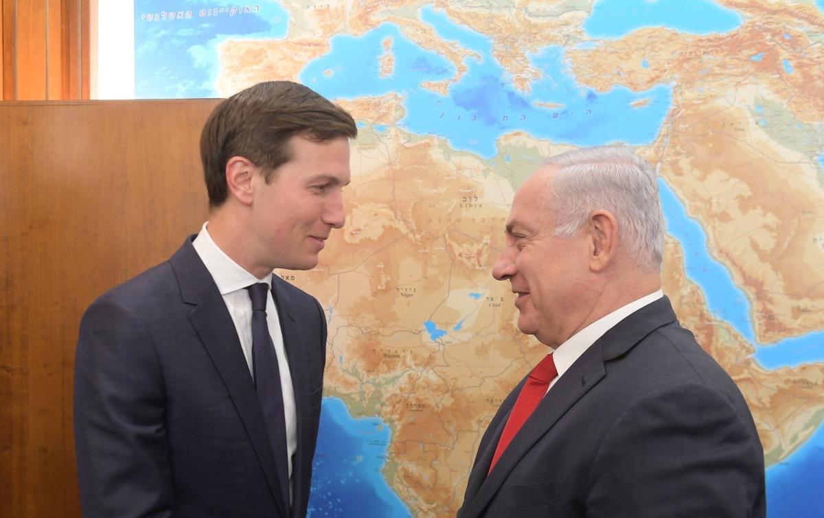 Trump ismét a Közel-Keletre küldi három különmegbízottját a béketárgyalások újrafelvétele céljából